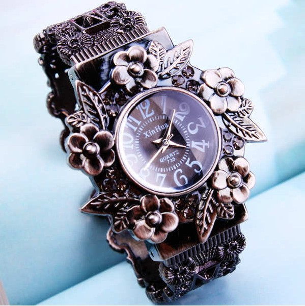 Black-2013-New-arriver-Fashion-vintage-flower-quartz-bangles-watch-women-ladies-Free-shipping