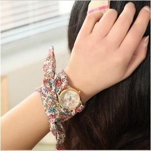 Trend-2013-sweet-chiffon-girls-watch-fashion-watch-grain-cloth-women-s-fashion-watch